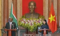 ЮАР желает активизировать отношения с Вьетнамом
