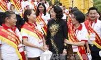 Данг Тхи Нгок Тхинь приняла лучших в 2017 году вьетнамских доноров крови