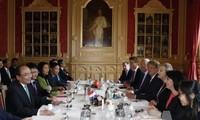 Премьер Вьетнама Нгуен Суан Фук завершил официальный визит в Нидерланды
