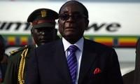 Президент Зимбабве Мугабе согласился уйти в отставку