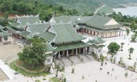 Visite de la pagode Linh Ung