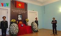 Hommages au général Giap organisés par les représentations du Vietnam à l'étranger