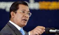 Hun Sen promet de punir ceux qui critiquent la carte de délimitation avec le Vietnam