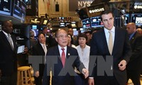 Nguyen Sinh Hung à la Bourse de New York