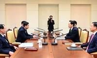 Début des pourparlers des retrouvailles inter-coréennes