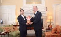Hanoï et Londres intensifient leur coopération financière