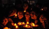 Les jeunes vietnamiens se mettent à l'heure de la Terre