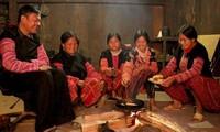 Le foyer, espace culturel des groupes ethniques