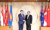 Vuong Dinh Hue rencontre le secrétariat de l'ASEAN