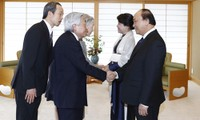 PM Vietnam, Nguyen Xuan Phuc melakukan kontak dengan Kaisar dan Permaisuri Jepang
