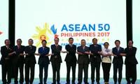 ASEAN menyerukan kepada semua fihak supaya mengekang diri bersangkutan atas masalah Laut Timur