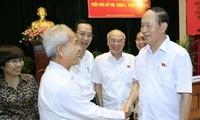ประธานประเทศ เจิ่นด่ายกวาง ลงพื้นที่พบปะกับผู้มีสิทธิ์เลือกตั้งนครโฮจิมินห์