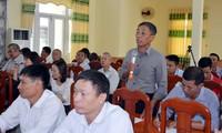 Para pemilih di daerah Nam Bo Timur memperhatikan masalah-masalah meningkatkan daya-guna dan hasil-guna mesin aparat negara