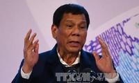 Filipina menghentikan perundingan dengan kelompok-kelompok bersenjata