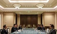 中日领导人举行会谈