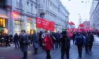 俄国10月革命99周年纪念集会和巡游在俄罗斯举行
