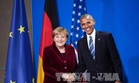 奥巴马与默克尔通电话
