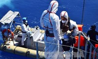 Italy rescues more than 2,000 refugees off Libyan coast