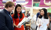 Vietnam maps showcased at Berlin International Tourism Trade Fair 2018