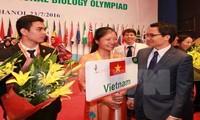 越南4名选手全部夺得国际生物学奥林匹克竞赛奖牌