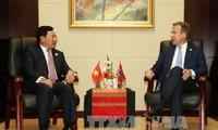 加强越南与挪威、新西兰、加拿大的合作