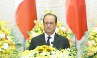 法国总统奥朗德访问胡志明市