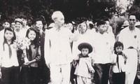 纪念胡志明主席第一次回故乡60周年的艺术表演活动10日举行
