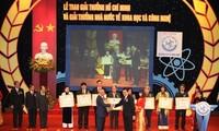 Staatspräsident nimmt an Preisverleihung für Wissenschaft teil