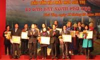 Auszeichnung für Menschen und Organisationen zur Bewahrung des Xoan-Gesangs
