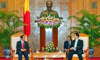 Premierminister trifft Leiter der laotischen Kontrollkommission
