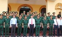 Staatspräsident Truong Tan Sang setzt seinen Besuch der Provinz Phu Tho fort