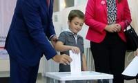 Parlamentswahlen in Georgien begonnen