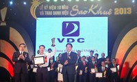Verleihung des Sao Khue-Preises