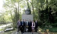Delegation der Kommunistischen Partei Vietnams besucht Großbritannien