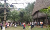 Feierlichkeiten zum Tetfest im ethnologischen Museum