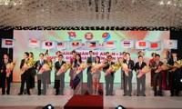 Preisverleihung an junge Unternehmer der ASEAN