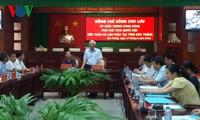 Überprüfung der Wahlvorbereitung in Provinzen
