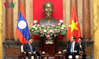 Staatspräsident Tran Dai Quang trifft Laos Vize-Parlamentspräsident in Hanoi