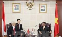 KPV-Generalsekretär Nguyen Phu Trong trifft Präsident des indonesischen Senats