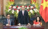 Staatspräsident Tran Dai Quang empfängt Vertreter der internationalen Rotkreuz-Gesellschaften