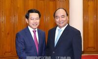 Premierminister Nguyen Xuan Phuc empfängt den laotischen Außenminister