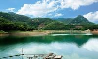 Thung Nai, die Halong-Bucht mitten im Gebirge im Nordwesten