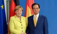 Thủ tướng Nguyễn Tấn Dũng hội đàm với Thủ tướng Đức Angela Merkel