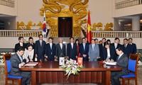Việt Nam và Hàn Quốc ký Hiệp định thương mại tự do