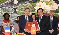 Pháp hỗ trợ Việt Nam ứng phó với biến đổi khí hậu