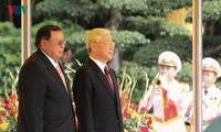 Đưa quan hệ Việt Nam-Lào lên tầm cao mới