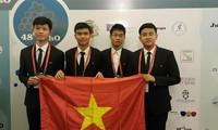 Việt Nam đoạt 2 huy chương vàng Olympic hóa học quốc tế