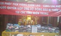 Phật tử chùa Phật tích tại Lào ủng hộ người đân bị thiên tai ở miền Trung