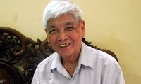 Nhà thơ Việt Phương - Ảnh: ngaynay.vn