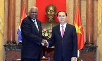 Chủ tịch nước Trần Đại Quang tiếp Chủ tịch Quốc hội Cuba Esteban Lazo Hernandez